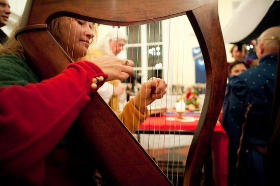 mariage chteau daramont verberie harpe musique instrument - Chateau D Aramont Verberie Mariage