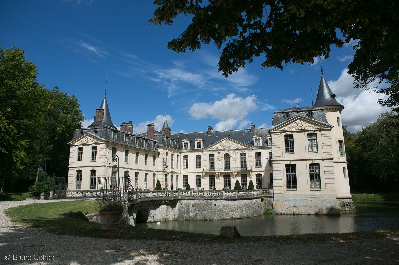carmen et olivier mariage au chateau dermenonville - Chateau D Ermenonville Mariage