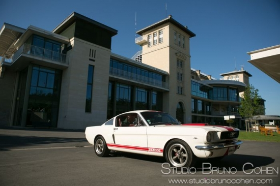 Ford Mustang hippodrome Chantilly